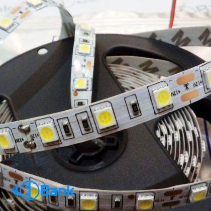 ال ای دی نواری چیپ 5050 بدون رزین با تراکم ۶۰ ال ای دی در هر متر