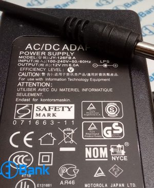 آداپتور رومیزی همراه کابل 12 ولت 6 آمپر ولتاژ ورودی 100-240 ولت